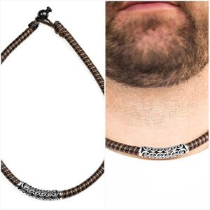 THE MAINLAND BROWN URBAN NECKLACE
